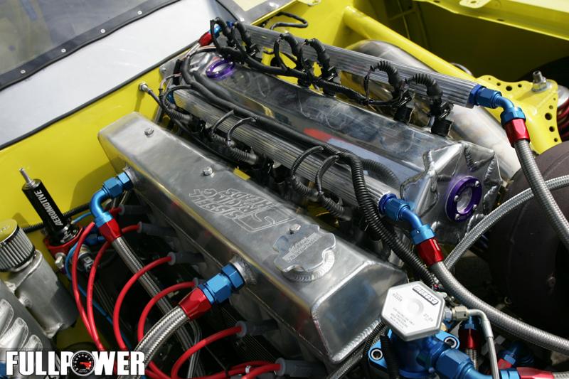 Motor 6 cilindros do Opala Injetado