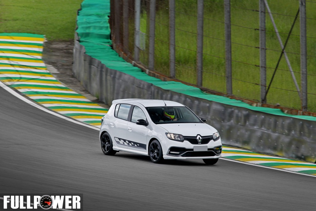 sandero-rs-lap-fullpower-10