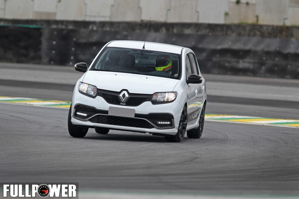 sandero-rs-lap-fullpower-3