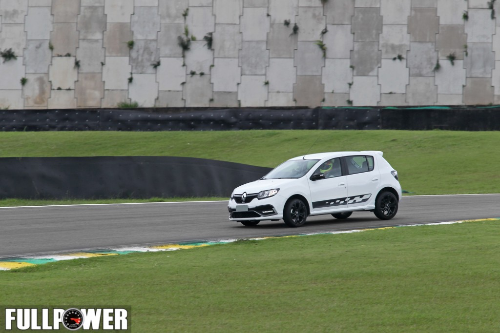sandero-rs-lap-fullpower-6