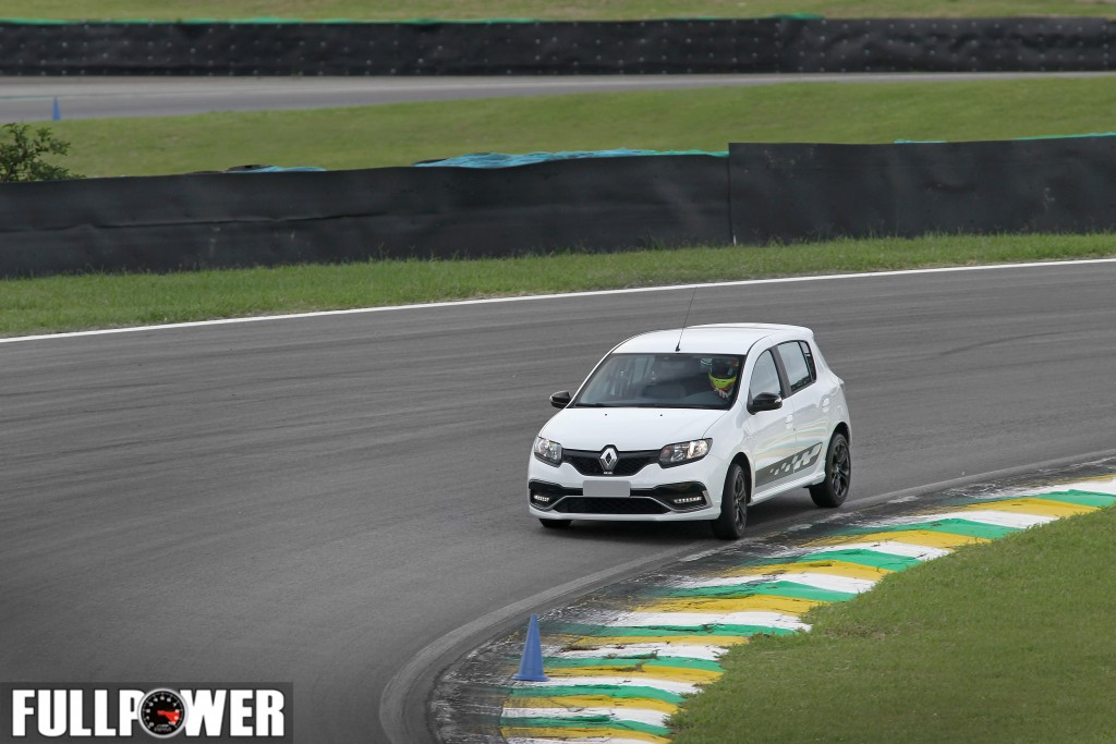 sandero-rs-lap-fullpower-7