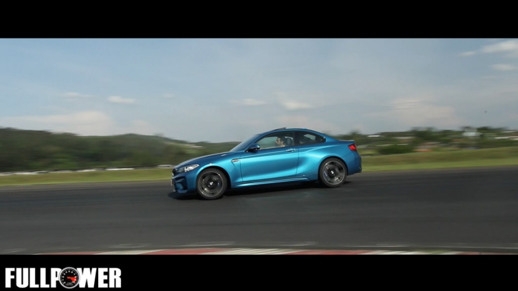 bmw-m2-video-fullpower-14