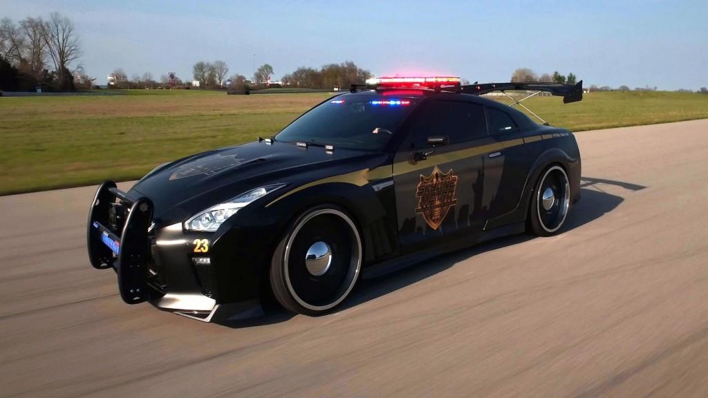nissan-gt-r-police-pursuit4